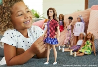 Wholesalers of Barbie Fashionistas Doll 137 Checkered Dress toys image 3