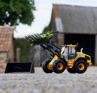 Wholesalers of Britains Jcb 419s Wheeled Loading Shoval toys image 4