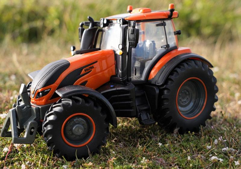 Wholesalers of Britains Metallic Orange Valtra T254 toys