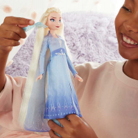 Wholesalers of Frozen 2 Sister Styles Elsa toys image 3