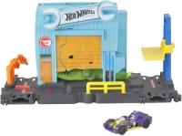 Wholesalers of Hot Wheels Gator Garage Attack Playset toys image 2