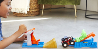Wholesalers of Hot Wheels Mt Launch And Bash Play Set toys image 3
