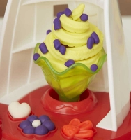 Wholesalers of Play Doh Ultimate Swirl Ice Cream Maker toys image 5