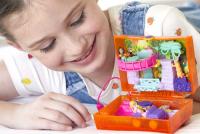 Wholesalers of Polly Pocket World Polly & Shani Juice Box toys image 4