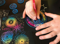 Wholesalers of The Original Spirograph Scratch And Shimmer Set toys image 3